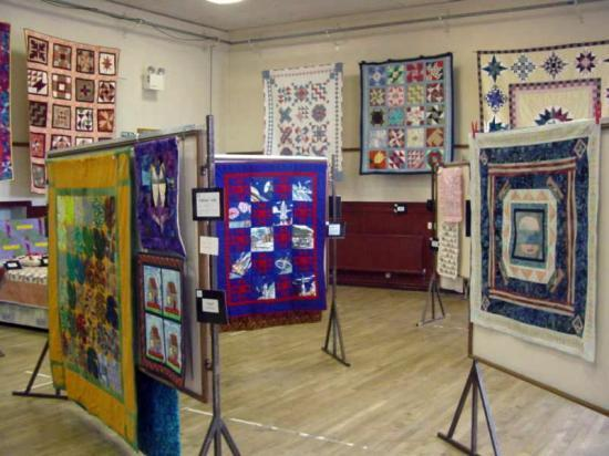 Photograph of Quilter's Exhibition in Thurso Town Hall